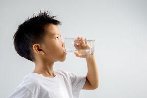 Su İçmek Çocuğunuzun Zihinsel Performansını Artırır!
